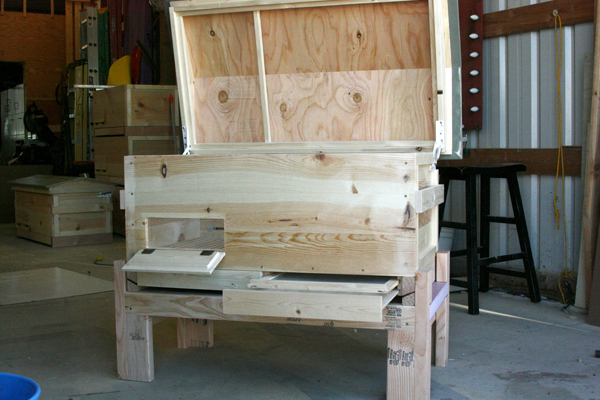 Varroa drawers and screens.