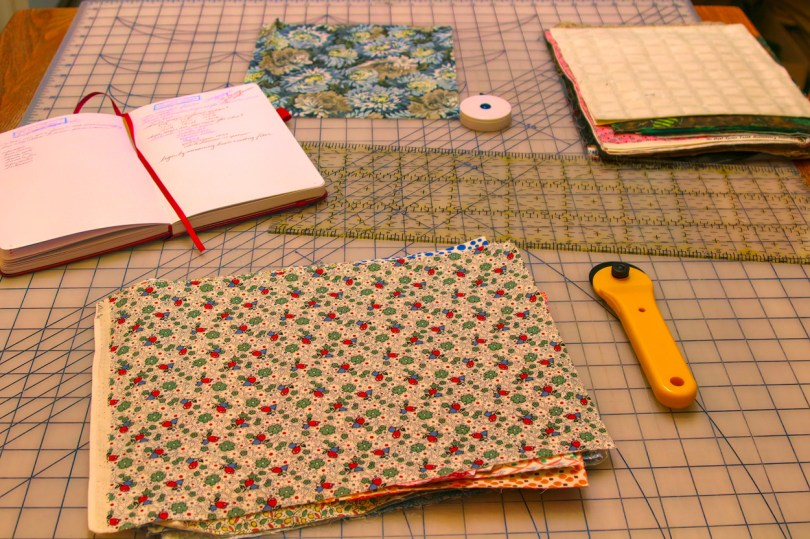 Cutting fabric: Cut the fabric to a convenient size for your food containers. Using pinking shears helps to reduce fraying.
