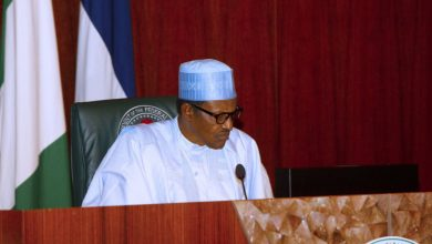 Photo of Buhari, APC satisfied with own evidence, close defence prematurely