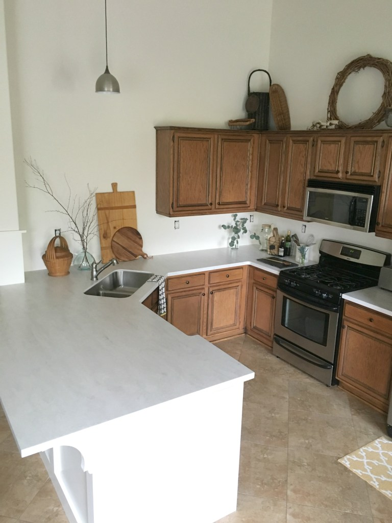 allen-roth-solid-surface-countertop-review