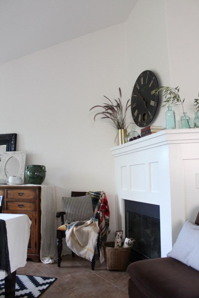 img_4070moody-fall-decor-home-tour