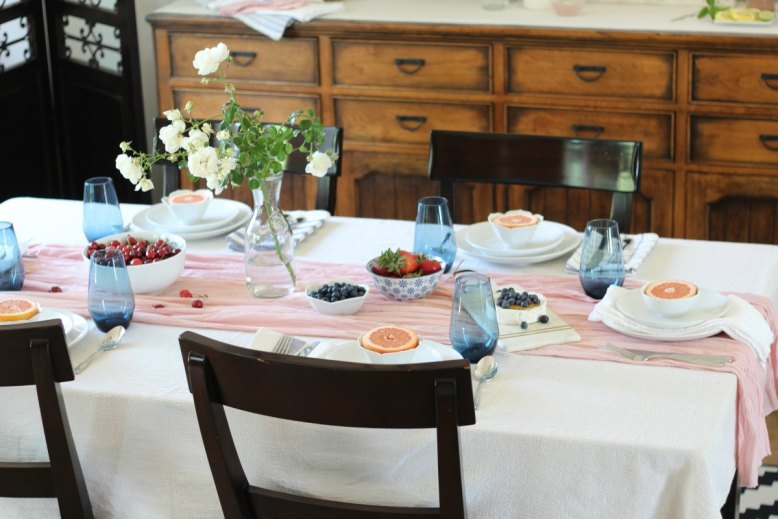 Simple Indigo and Pink Tablescape for a Beautiful Brunch