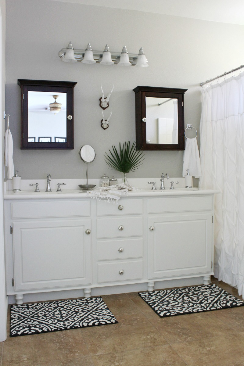 A Diy Bathroom Makeover With Fusion Mineral Paint
