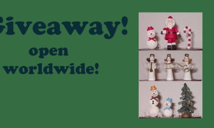 Giveaway!  Open worldwide!  Paper Quilling Kit – 3D Christmas Figures