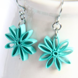 Save 30% on handmade paper quilled jewelry from Honey's Hive!