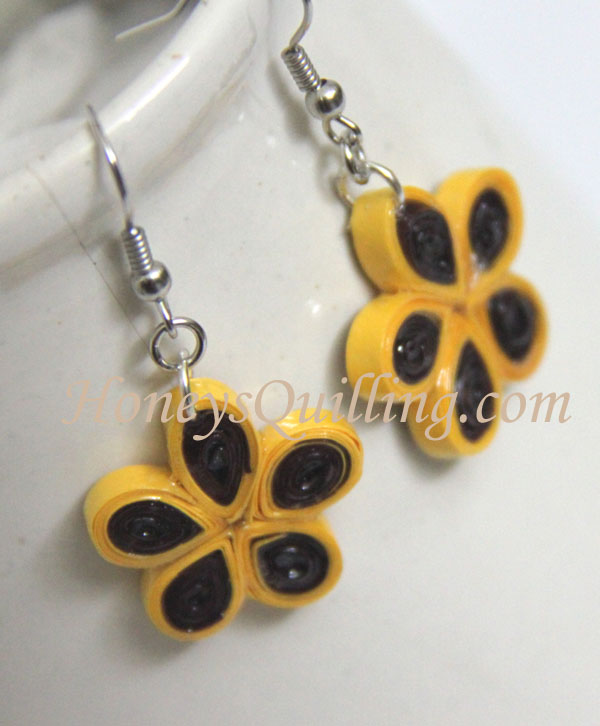 Quilling for Kids - Svara's quilled flower earrings - Honey's Quilling