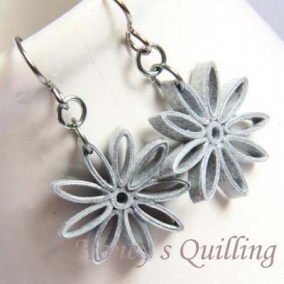 nine pointed star earrings - grey