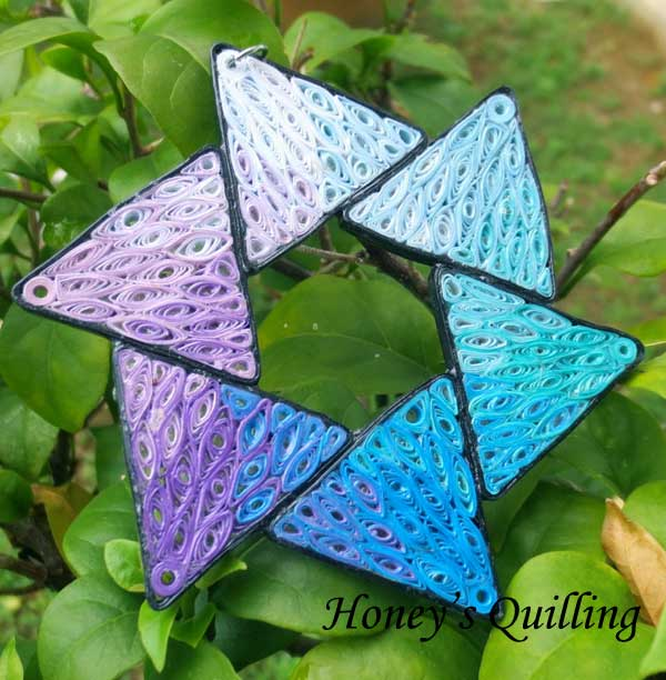Paper Quilling Pendant or Ornament - six sided star using transitioning technique - Honey's Quilling