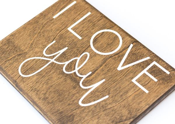wooden I love you sign