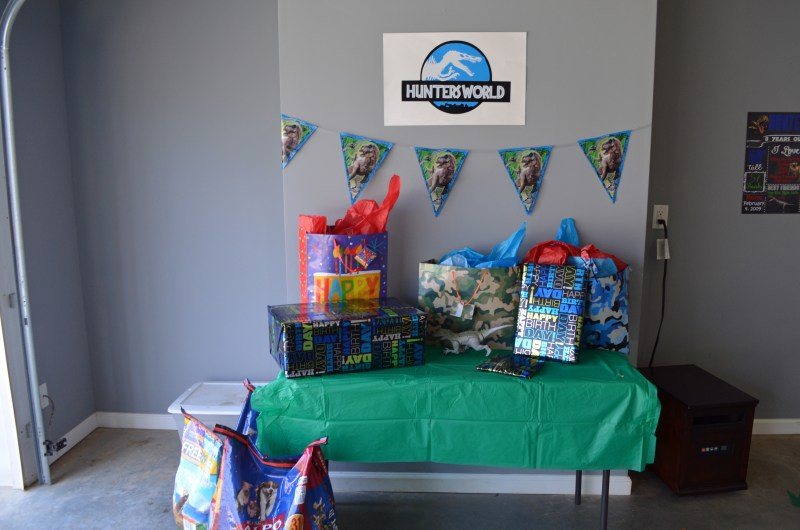 Jurassic, Dino, Party, Birthday, Ideas, Decorations, Decor, gift table