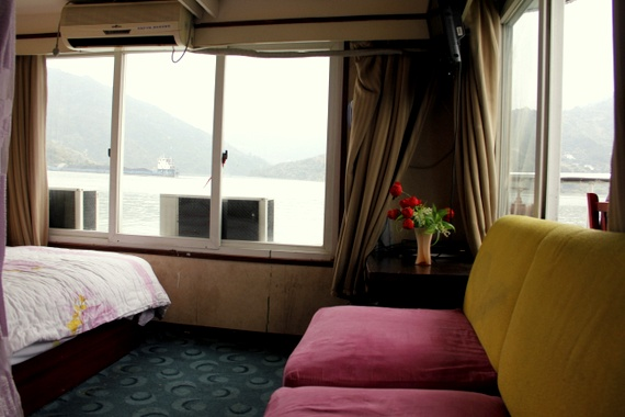 Barney's Couch on Yangtze River Cruise