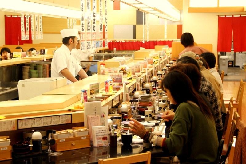 best conveyor-belt sushi restaurants hokkaido