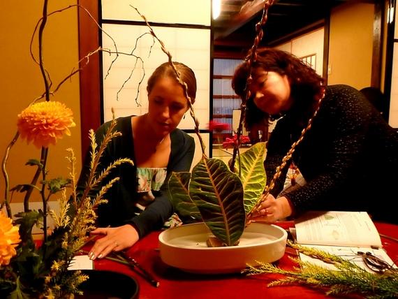 Art of travel ikebana flower arranging