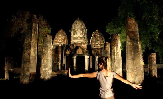 Exploring the Temples of Sukhothai Thailand by night