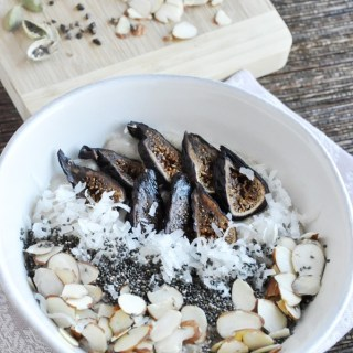 Fig, Almond & Cardamom Oatmeal (healthy + vegan)