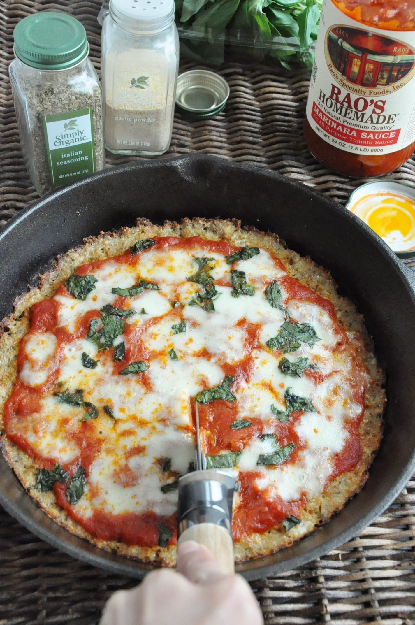 Crispy Cauliflower Pizza (62)