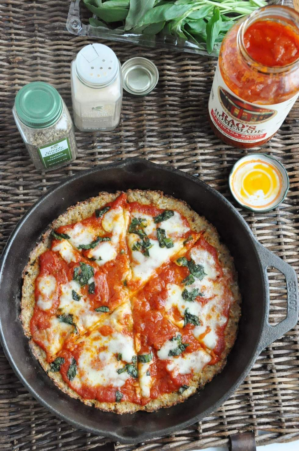 Crispy Cauliflower Pizza (66)