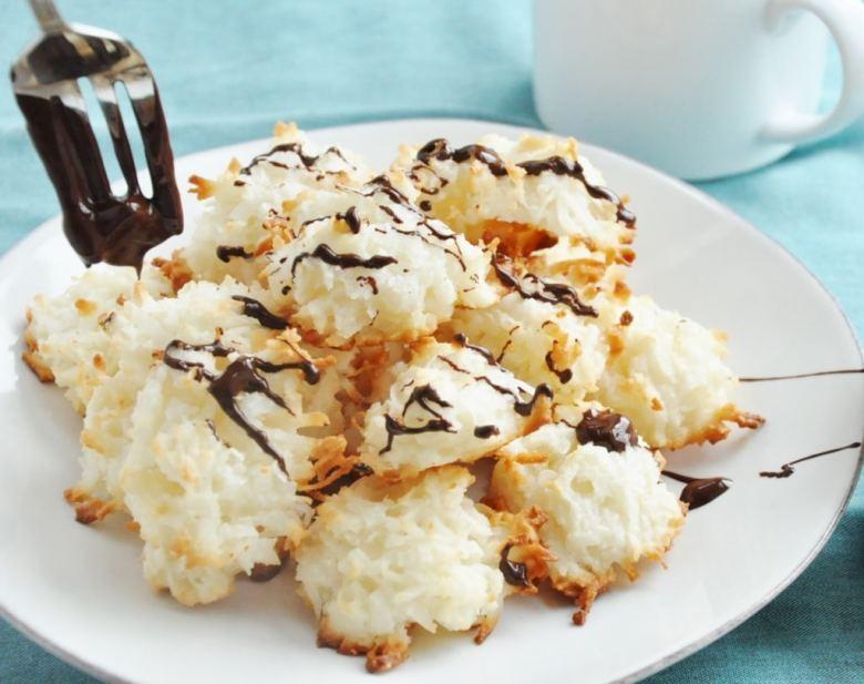 Healthy Coconut Macaroons