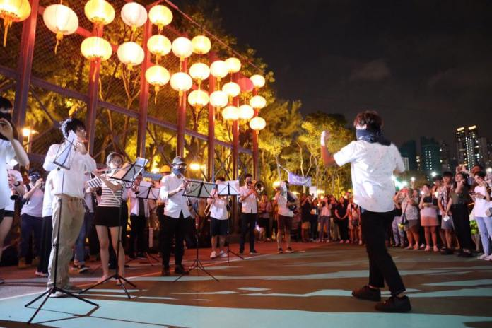 September 12 Victoria Park glory to Hong Kong