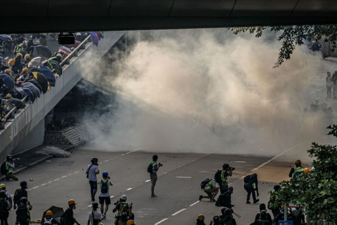 september 15 China extradition tear gas admiralty