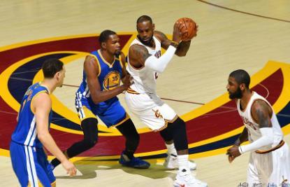 2017年NBA總決賽第三場騎士vs勇士G3全場錄像 - 紅足直播網