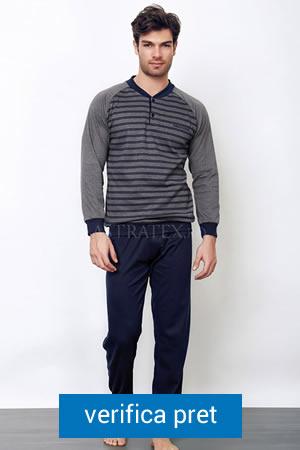 pijama de barbati cu bluza cu maneca lunga si guler rotund