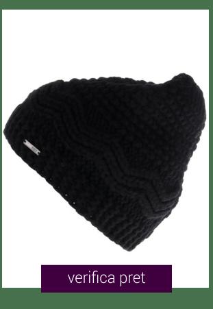 Caciula neagra tricotata