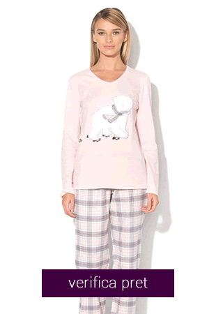 Pijama dama cu aplicatie pufoasa