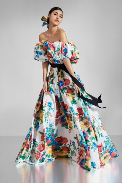 Discover Carolina Herrera's Pre-Fall collection designed by Wes Gordon. The collection is photographed by Gorka Postigo.