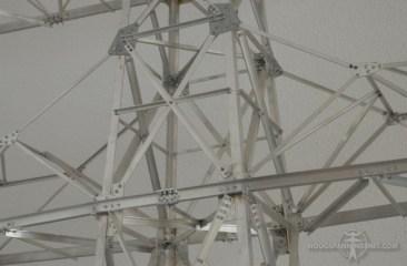 Gedeelte van een 110 kV-mastmodel gemaakt door Tom Börger