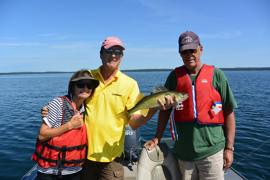 CLEAR LAKE - A Gem In The Middle Of Manitoba Parkland