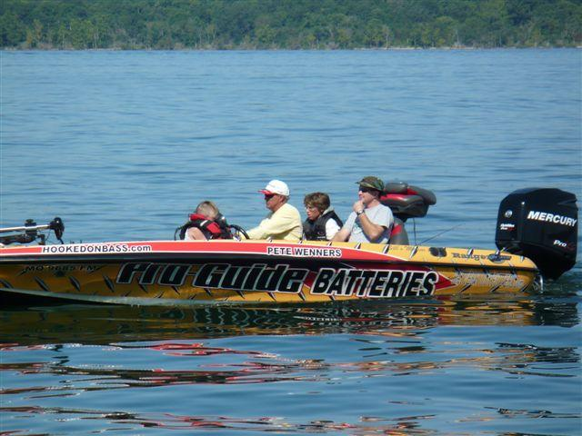 Profiling pete wenners ozarks fishin 39 for Pete wenners fishing report