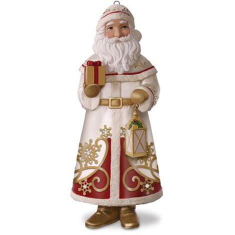 2017 Santa Claus Hallmark Premium Club Ornament Hooked