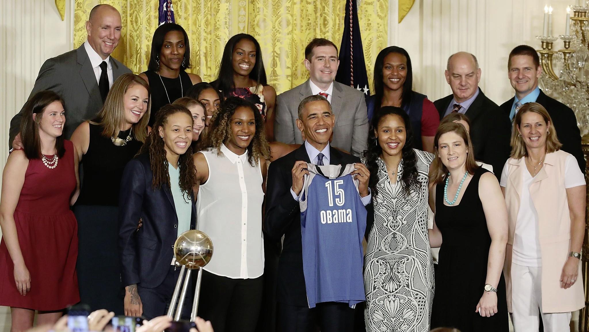 Video: President Barack Obama honors the 2015 WNBA champion Minnesota Lynx at the White House