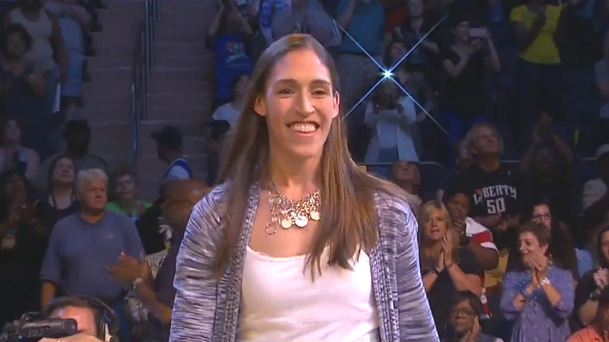 #LifeAfterWNBA: Where Are They Now? Simone Edwards interviews Rebecca Lobo
