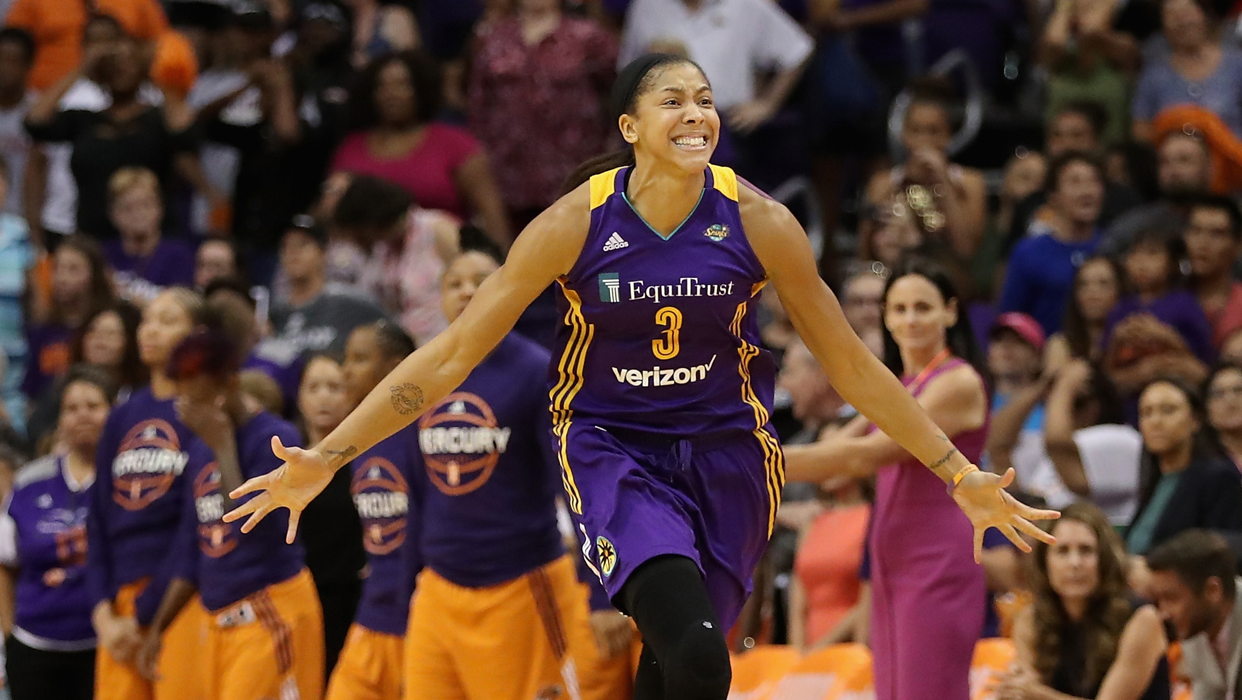Minnesota Lynx and Los Angeles Sparks return to the WNBA Finals after semifinals sweeps