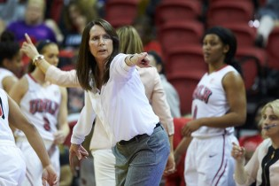 UNLV head coach Kathy Olivier (Aaron Mayes / UNLV Photo Services).