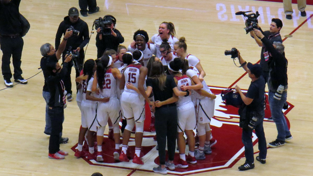 No. 11 Stanford recovers to take down No. 3 Baylor 68-63