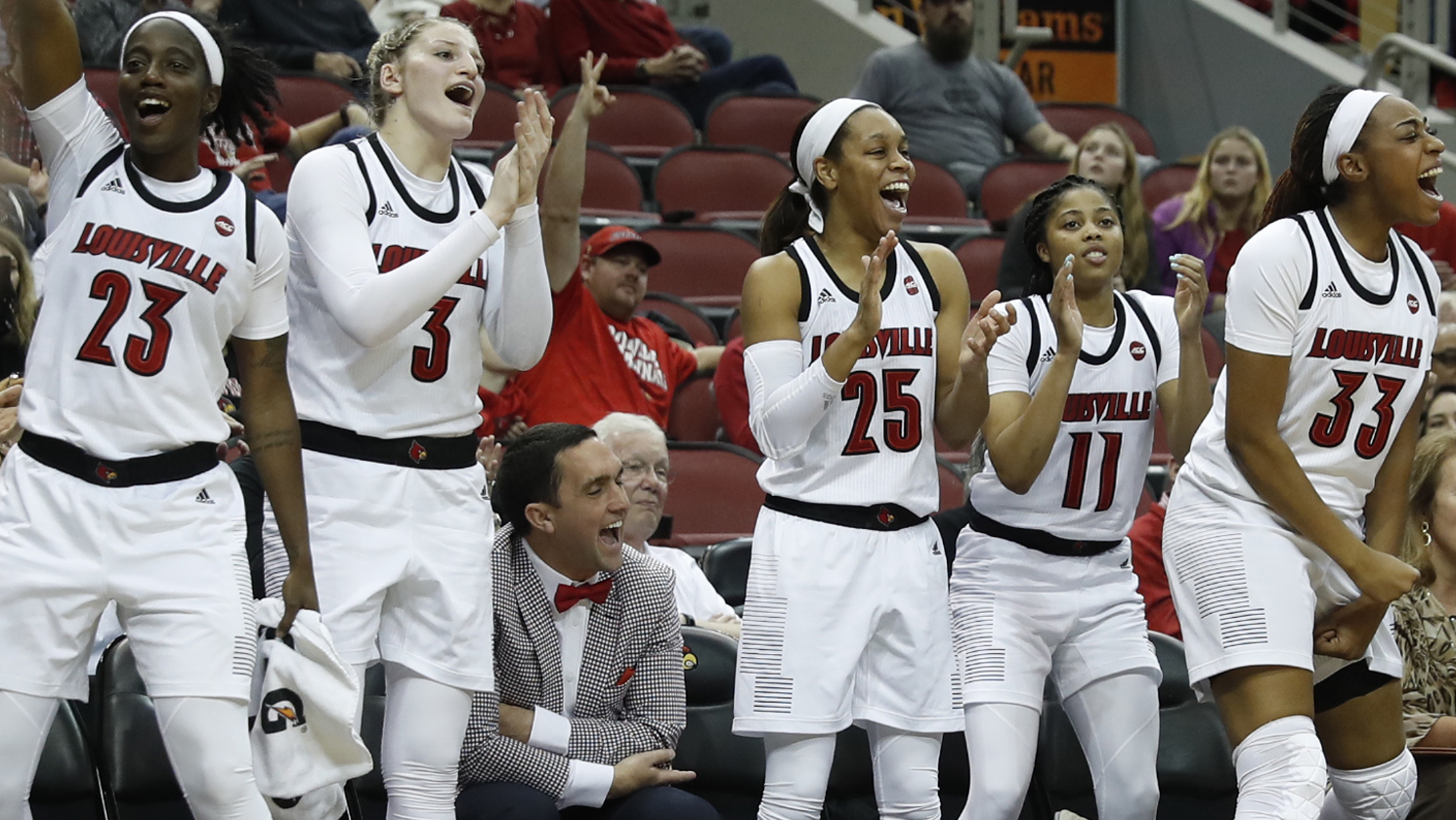 Undefeated Louisville takes over top spot in Sport Tours International/Hoopfeed NCAA DI Top 25 Poll