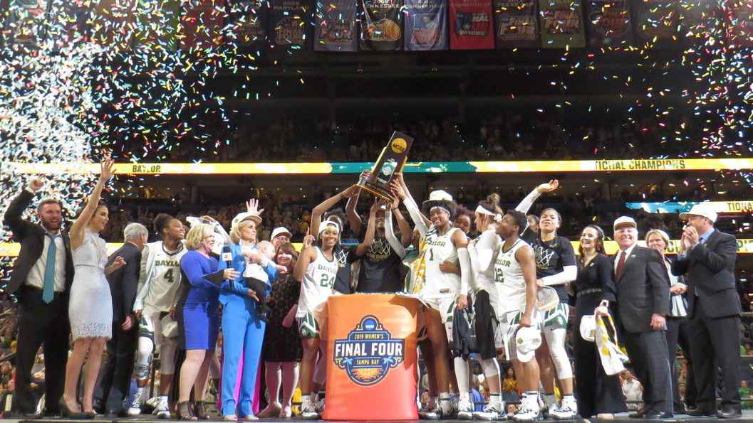 Led by Chloe Jackson Baylor earns third national title, holds off Notre Dame 82-81