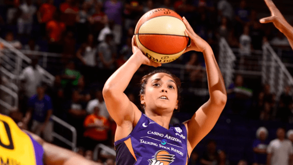 Leilani Mitchell Leads Five Starters In Double Figures Phoenix Mercury Outlasts Los Angeles Sparks 82 72 Hoopfeed Com