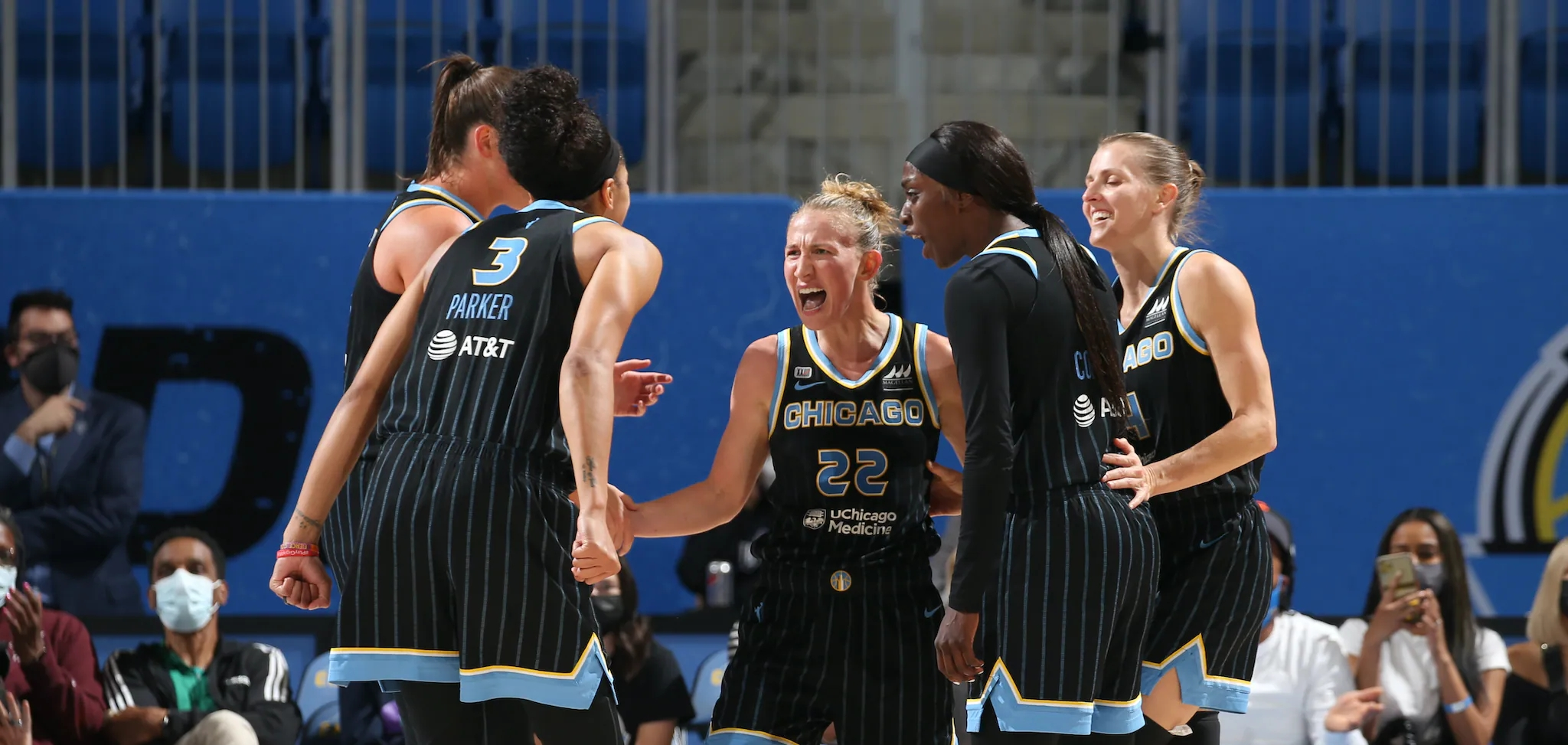 Chicago Sky tops Phoenix Mercury 86-50 for Game 3 victory, takes 2-1 series lead