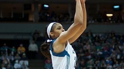 Minnesota Lynx trounce Atlanta Dream in game one of WNBA Finals, 84-59
