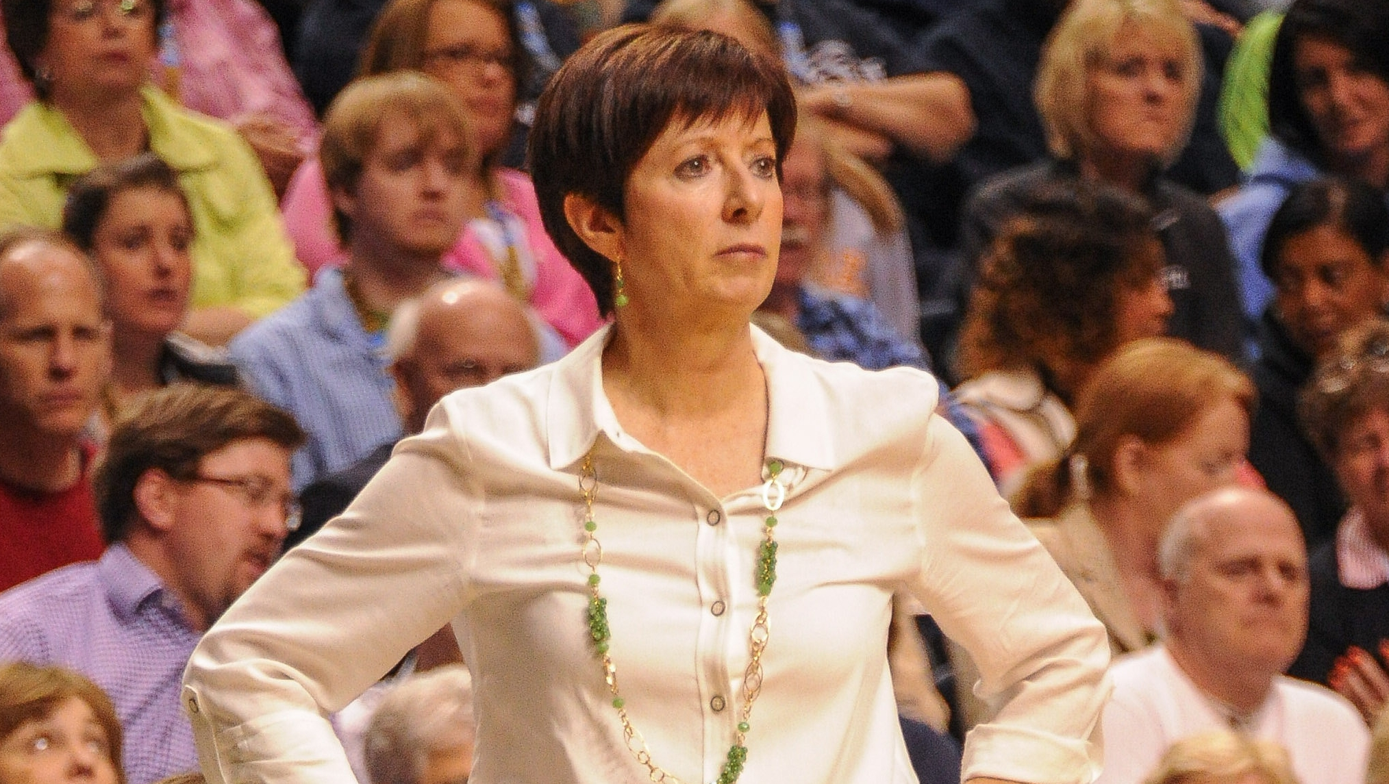 Dishin & Swishin 11/05/14 Podcast: Coming off a record-breaking season, Notre Dame coach Muffet McGraw gets ready to do it again