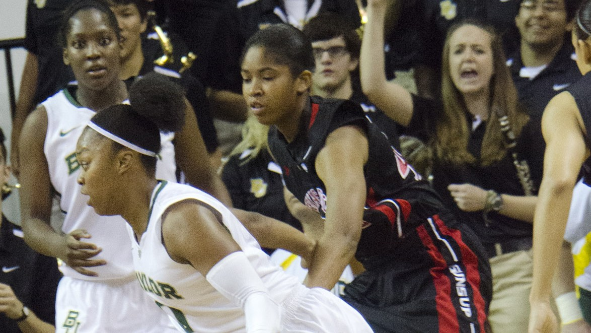 Led by Sims, Baylor routs Texas Tech 89-47 as Griner notches 54th career double-double