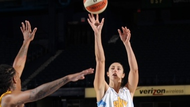 Dishin & Swishin 05/31/12 podcast: Ruth Riley is as good off the court as on; Dan Hughes has eyes on the present and future