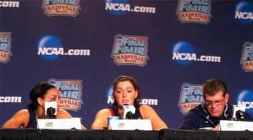 April 5, 2014 (Nashville, Tenn.) - Stefanie Dolson talking to the media during the 2014 Final Four.