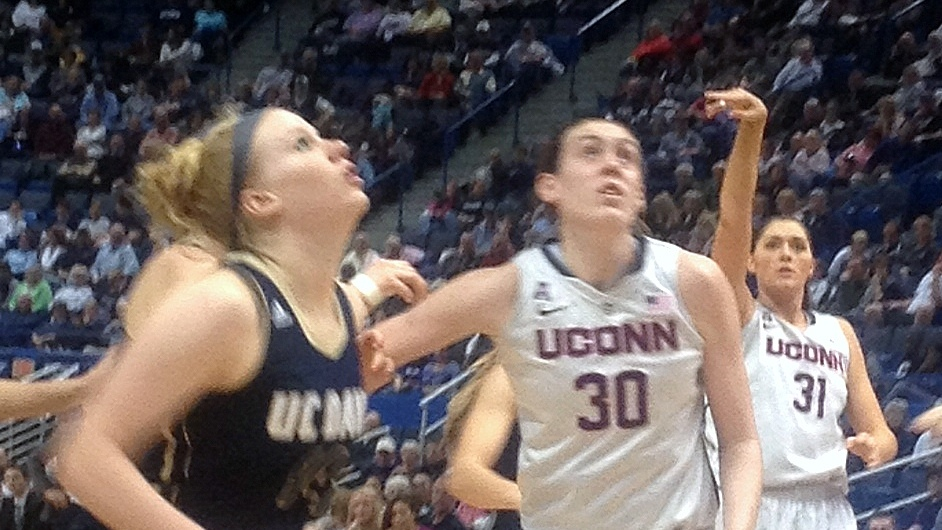 10-0 UConn goes into final exam break with 60-point victory over UC-Davis, 97-37