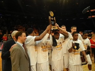 The 2014 NIT champion Minnesota Golden Gophers (Ray Floriani photo)
