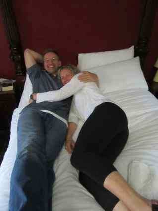 Drover's Inn bed